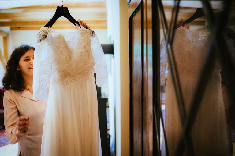 Braut und Brautkleid