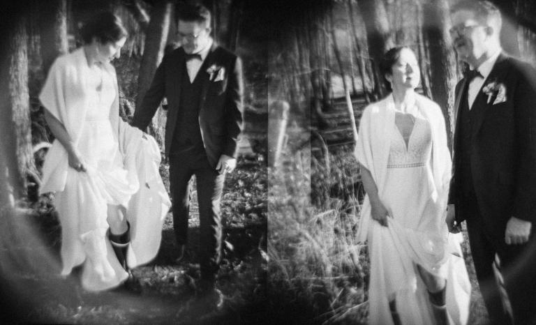 Portrait des Brautpaares auf analogem Film fotografiert, heiraten im Töpferhaus, Alt Duvenstedt, bei Kiel