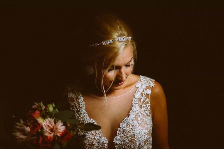 Braut mit Tränen nach der Trauung in Hamburg, Hochzeitsfotograf Hamburg